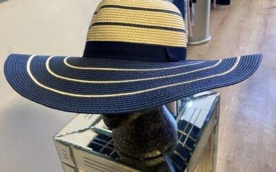 Leo Guy navy/beige hat